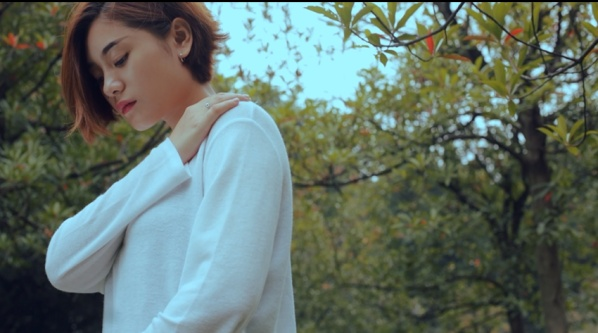 青春系列MV《小幸运》