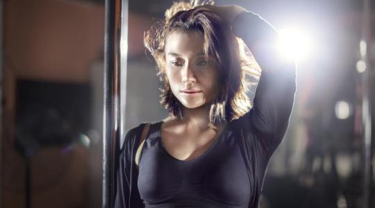 世界钢管舞冠军告诉你--我跳的是美,不是骚。