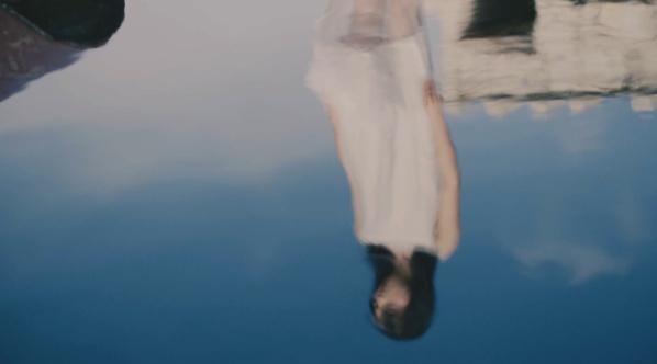 意识流诗意短片《呼吸·搁浅》