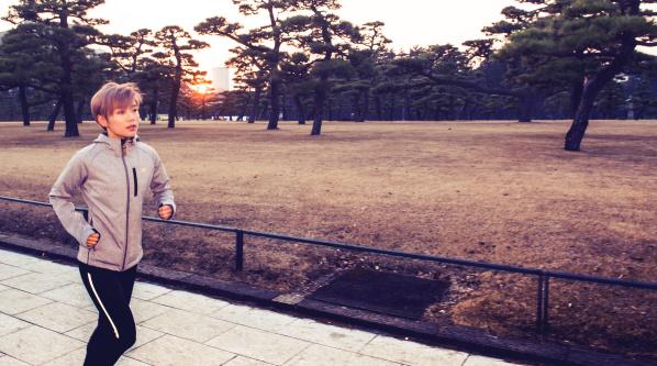 【感物】 | 39 创作歌手许飞,世界六大满贯跑者