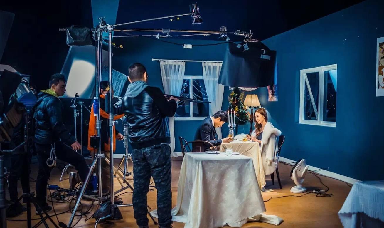 我们继续联合片场开设电影摄影实战课程,让你的摄影师梦想成长,给你