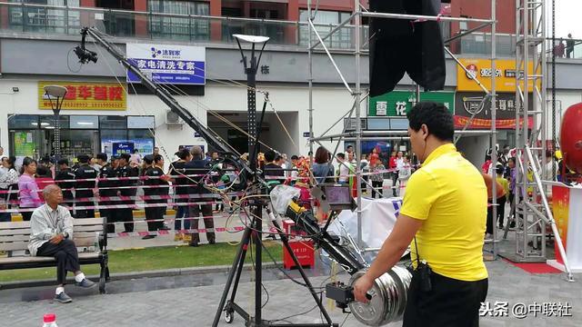 今天的拍摄现场,出动了大钢炮客户对现场的直播导播拍摄非常满意
