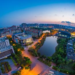 《云端重科》——航拍重庆科技学院 - Magic均源
