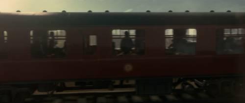 近距离拍摄火车车厢